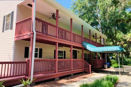 Chaz Hotel - Whole House Rental